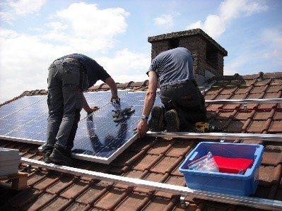 Mantenimiento de espejos solares en Sevilla