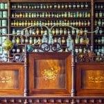 mostrador clásico de farmacia
